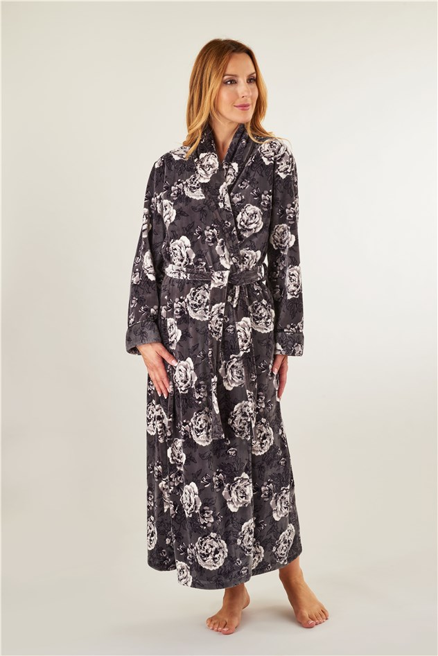 Modern Heavy Dressing Gown Illustration - Images for wedding gown ...